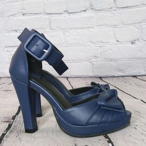 Tuk blue heels with ankle strap and bow, 6